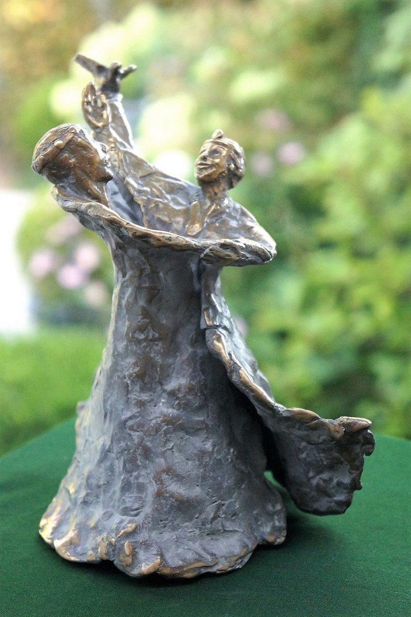 bronzen beeld ode aan het huwelijk diane Timmer