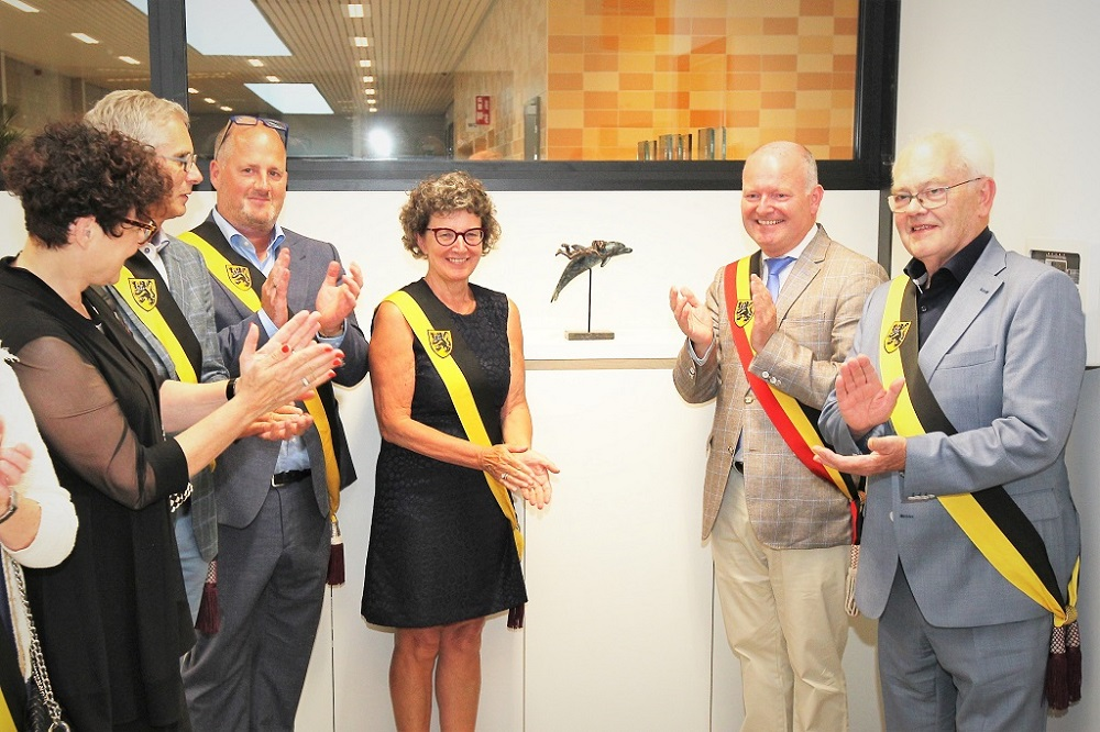 onthulling beeld Diane Timmer