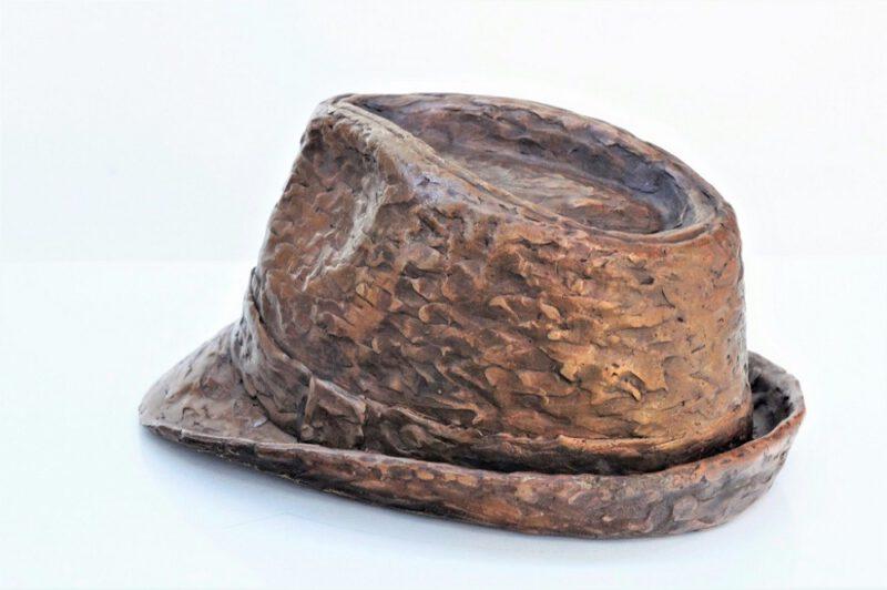 bronzen hoed