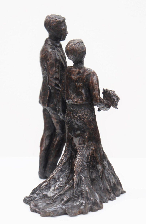 bronzen beeld bruidspaar