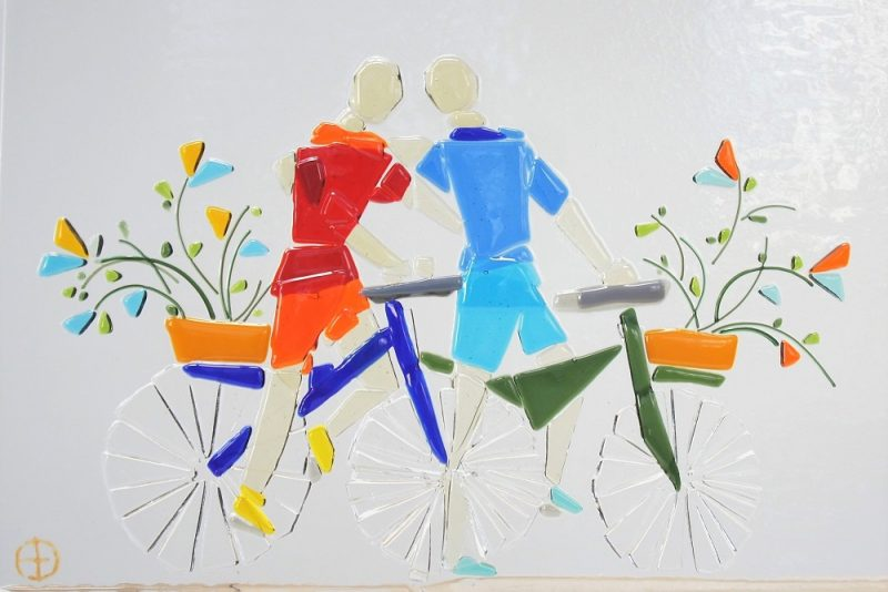 glas kunst samen fietsend Diane Timmer